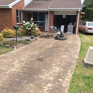 Slip-Away-Australia-driveway-high-pressure-clean