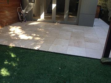 Slip-Away-Australia-tile-outdoor-clean-sweep