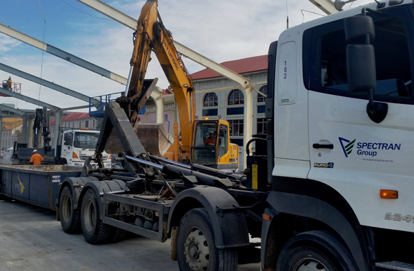 Spectran-Group-Excavator-Bulk-Earthmoving-Hobart
