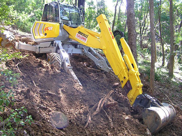 Caldme Excavations - earthmoving service