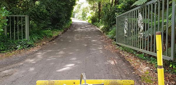 Starky-Mini-Graders-Driveway-Grading