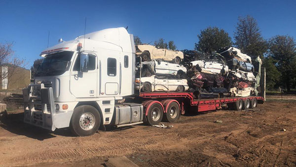 Stu_s-Excavation-and-Tipper-Hire-flatbed-truck-cars