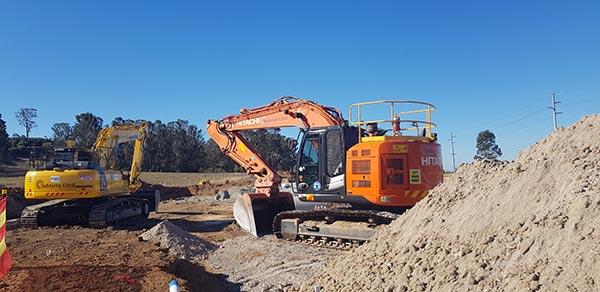 SubTerra-Roadwork Services Excavator-On-Site-6-Sydney