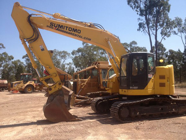 Sumitomo 24t Excavator Hire Darling Downs
