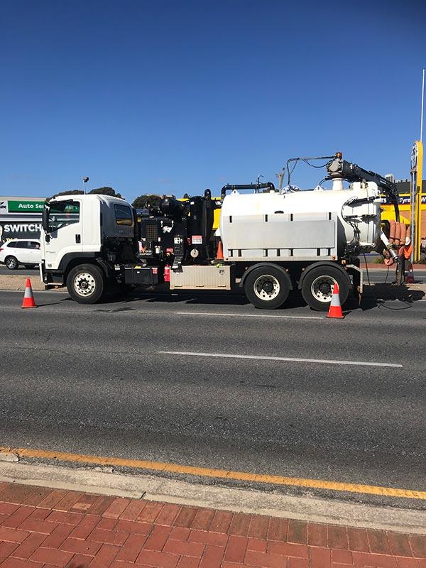 TSM-Contractors-3000L-Vacuum-Truck-1-Adelaide