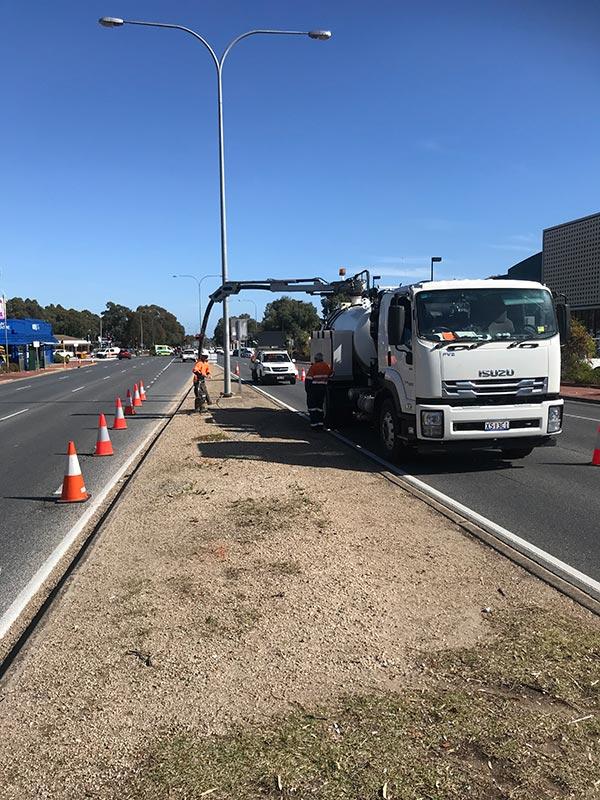 TSM-Contractors-6000L-Vacuum-Truck-2-Adelaide