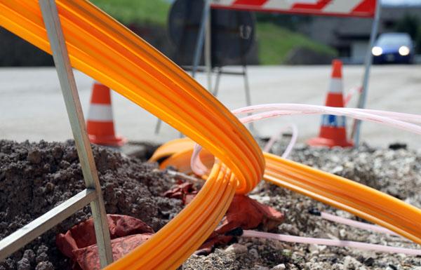 Optical fibre cables