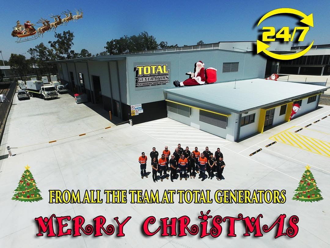 Total-Generators-christmas staff photo