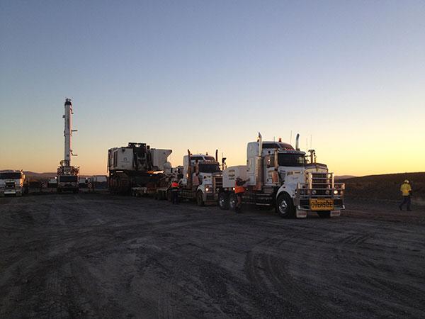 Trucks,-Crane,-Excavator