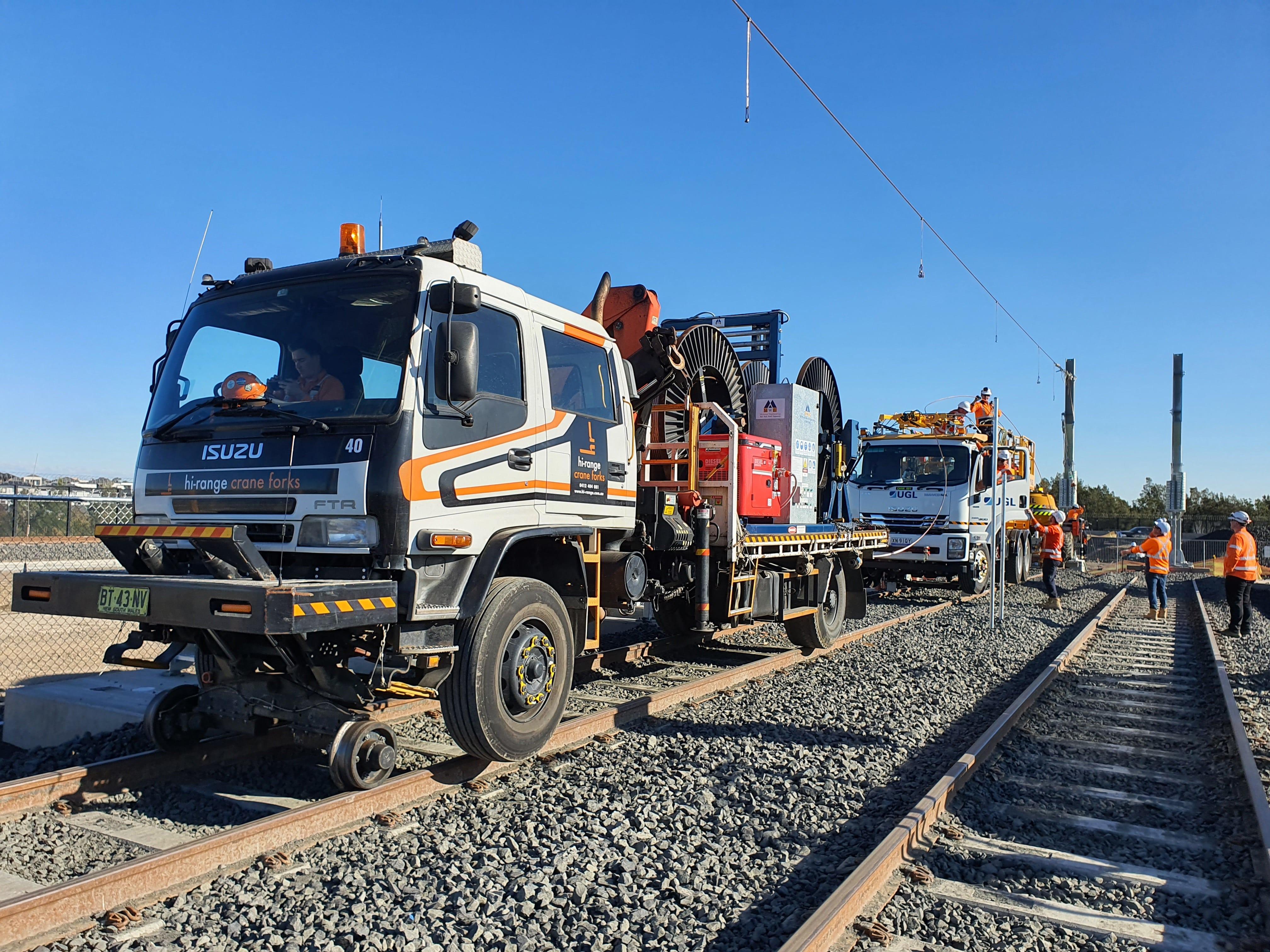 hi-range-cranes-hi-rail-equipment-work