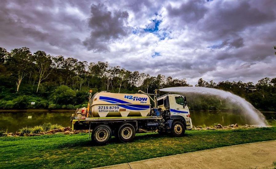 H2flow Hire Water Truck watering Kookaburra Park at Karana Downs.