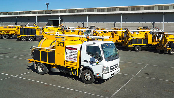 Used-6000L-Sucker-Trucks-Vac-u-digga-Christchurch
