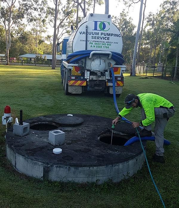 Vacuum-Pump-cleanout-of-a-Home-Treatment-Plant-Ipswich