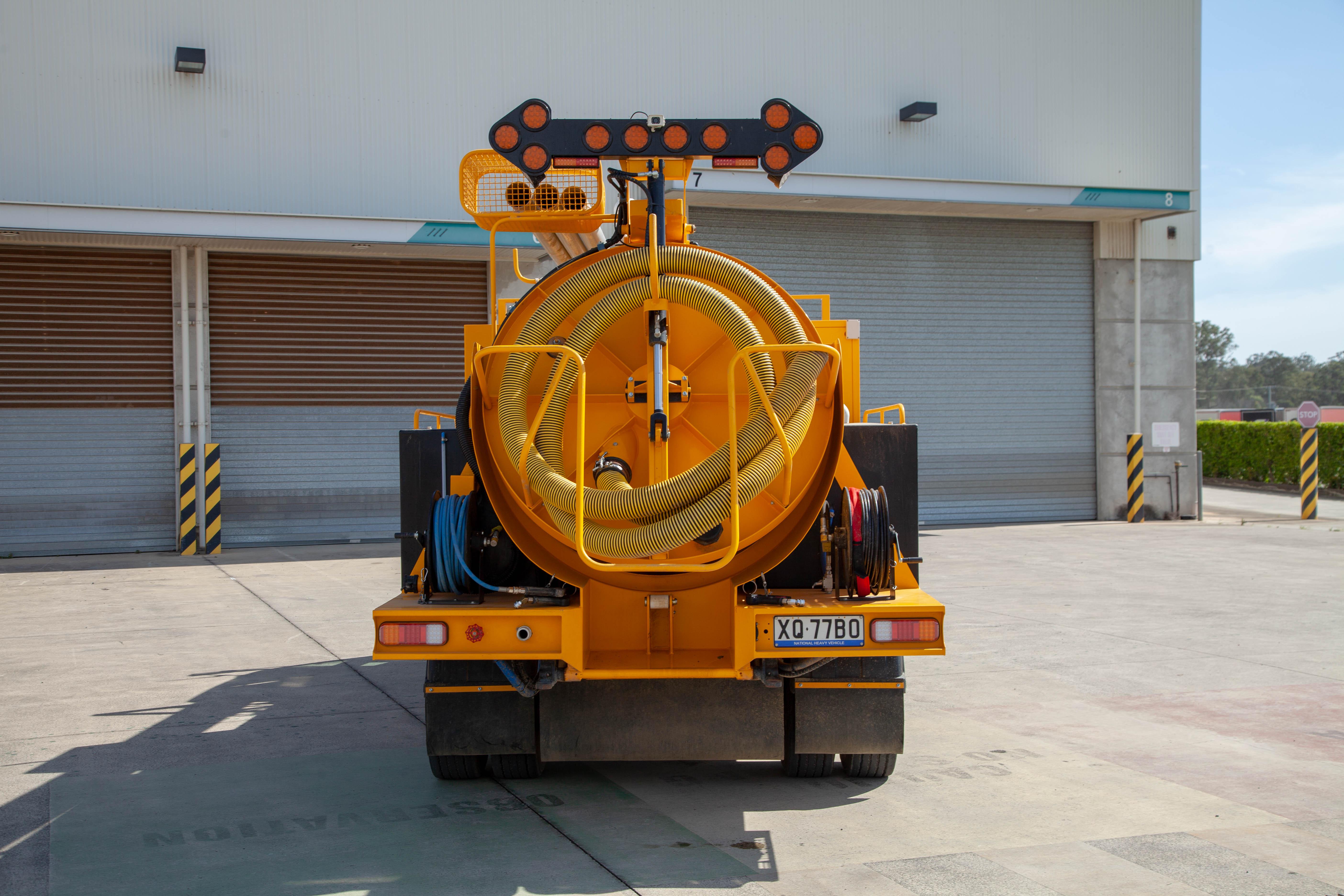 Vac-U-Digga-Vacuum-Excavation-Truck