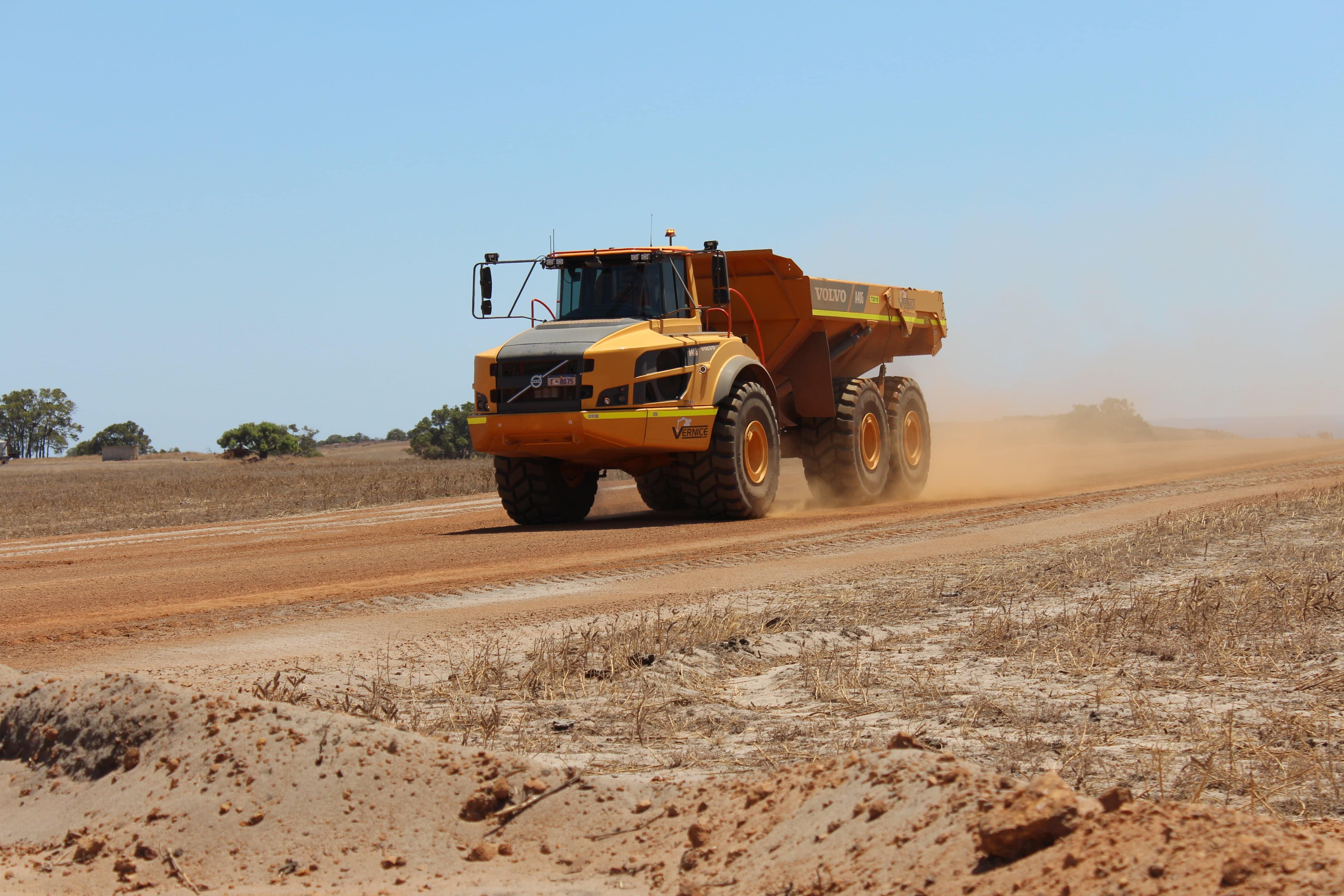 40 tonne articulated dump truck hire vernice western australia