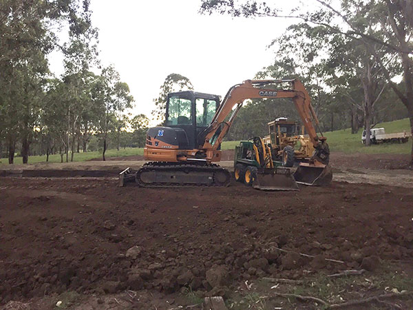 Weber-Excavations-fleet-hire-excavator-tipper-dingo-grader-hire-plant-hire-kerry