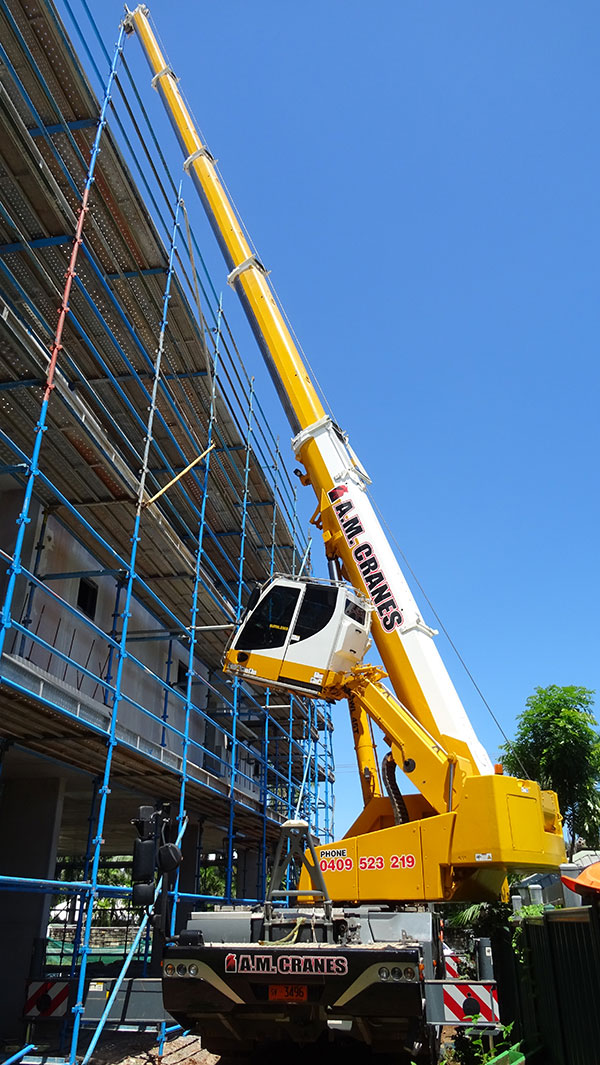 A.M. Cranes and Rigging all terrain crane hire building construction darwin