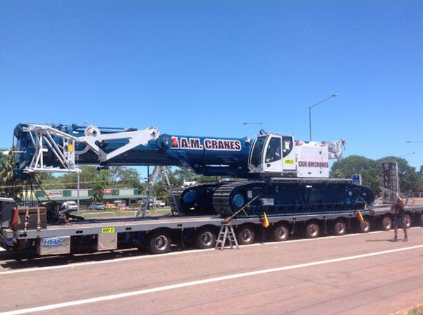 A.M. Cranes and Rigging 220 crawler crane hire