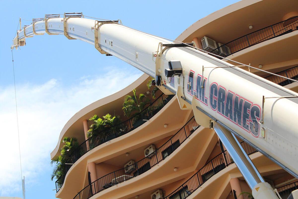 A.M. Cranes & Rigging heavy crane hire