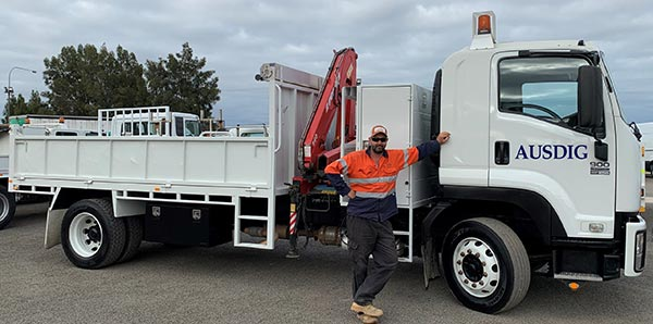 ausdig-articulated-dump-truck-hire-adelaide