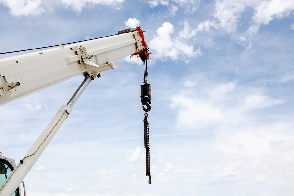 Hire Our 45t Mobile Crane