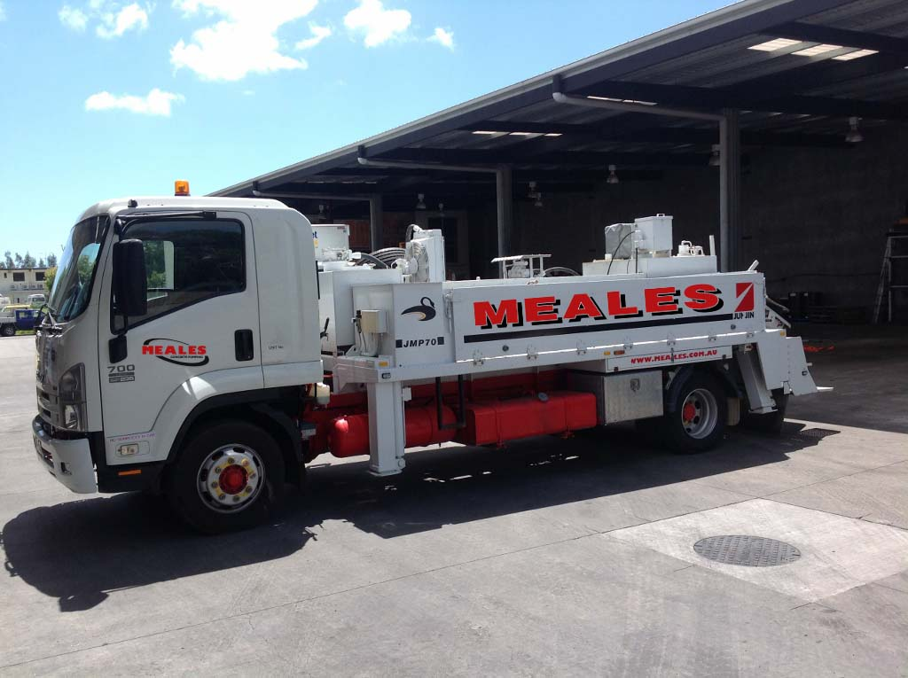 concrete-pumping-services-concrete-line-pump-we-offer-trailer-concrete-line-pump