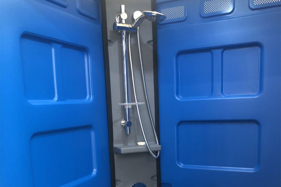 Online-Hire-Deluxe-Portable-Shower-Internal-View