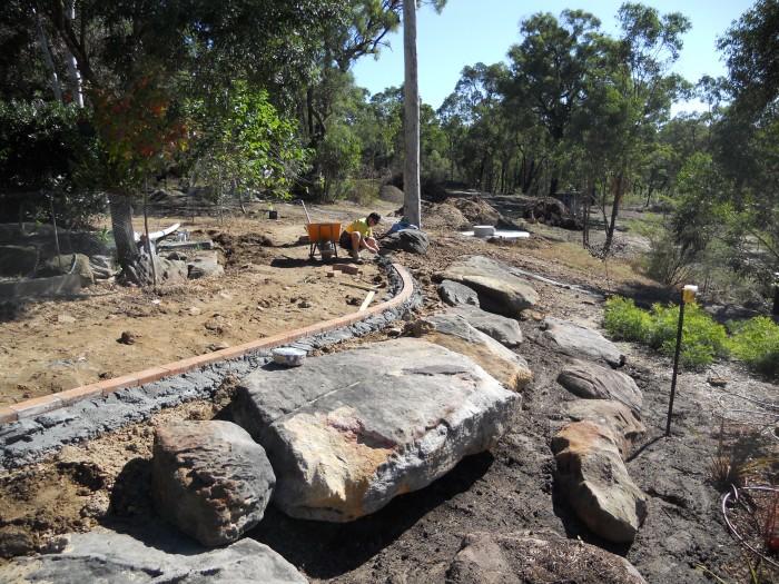 earthscape-landscaping-rock-wall