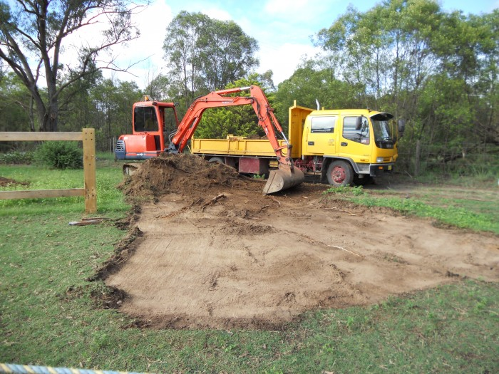 earthscape-tipper-hire-windsor horse stud