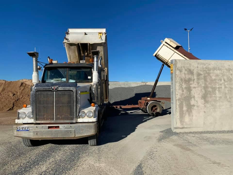 Equipped-Civil-and-Earthmoving-Fleet-Skid-Steer-Excavator-Truck-Hire-civil-construction-Brisbane-6