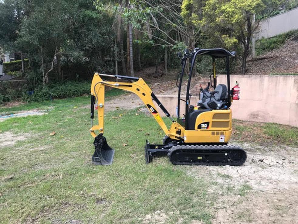 excavator-hire-mw-hire-nerang