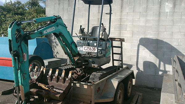 Hawe Earthmoving Kobelco 1.2 Tonne Mini Excavator for hire Bundaberg