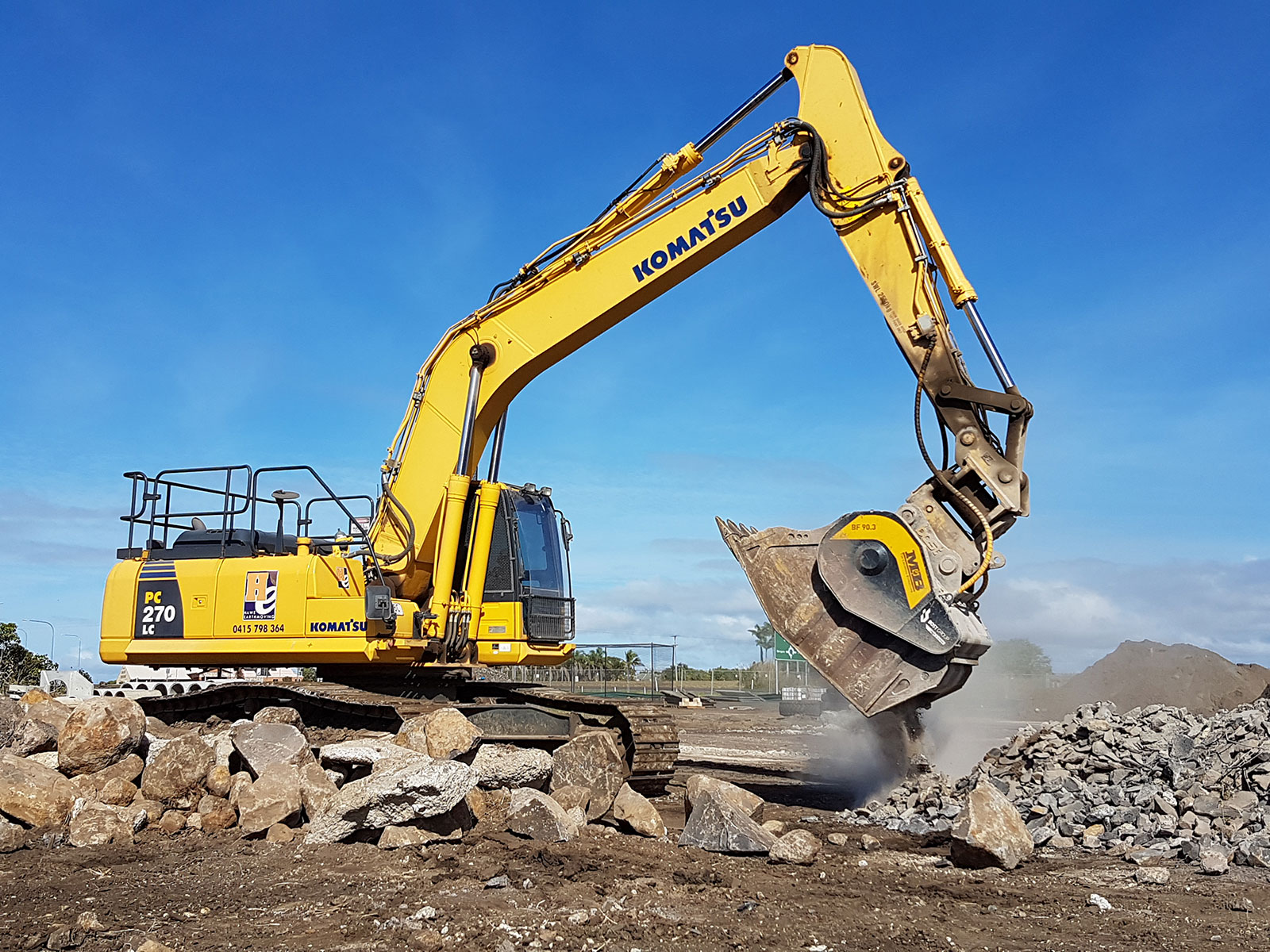 hawe-earthmoving-excavator-hire-bundaberg