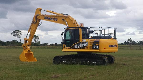Hawe Earthmoving Komatsu 2015 HB215LC- 8MO Hybrid Excavator for hire Bundaberg