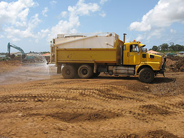 Hawe Earthmoving Volvo Tandem 12000 L Water trucks for hire Bundaberg