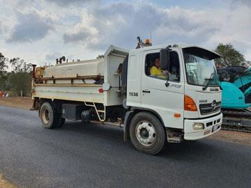 Hawe Earthmoving Hino 7000 L Water Truck for hire Bundaberg