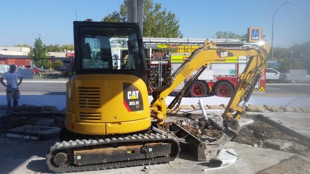 Hume Hire 3.5 tonne excavator hire Lavington
