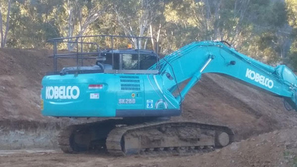 Hume Hire 30 tonne excavator hire Lavington