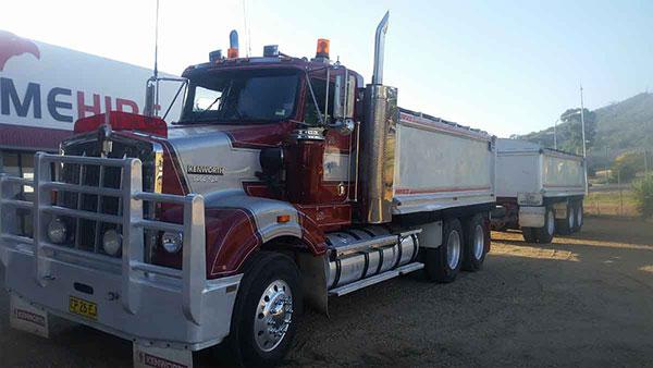 Hume Hire tipper road truck hire lavington