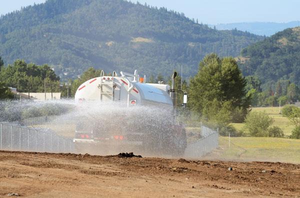 Hume Hire HYDRATOR haulage services Lavington
