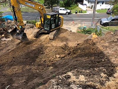jett-earthmoving-excavator