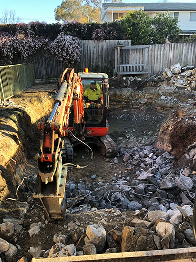 Earthmoving & Demolition