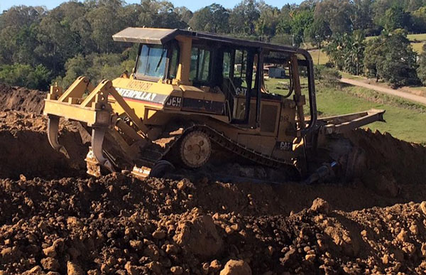 kellys-earthworks-gold-coast-dozer-hire