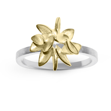 Little leaves ring. 18ct yellow and 9ct white gold.