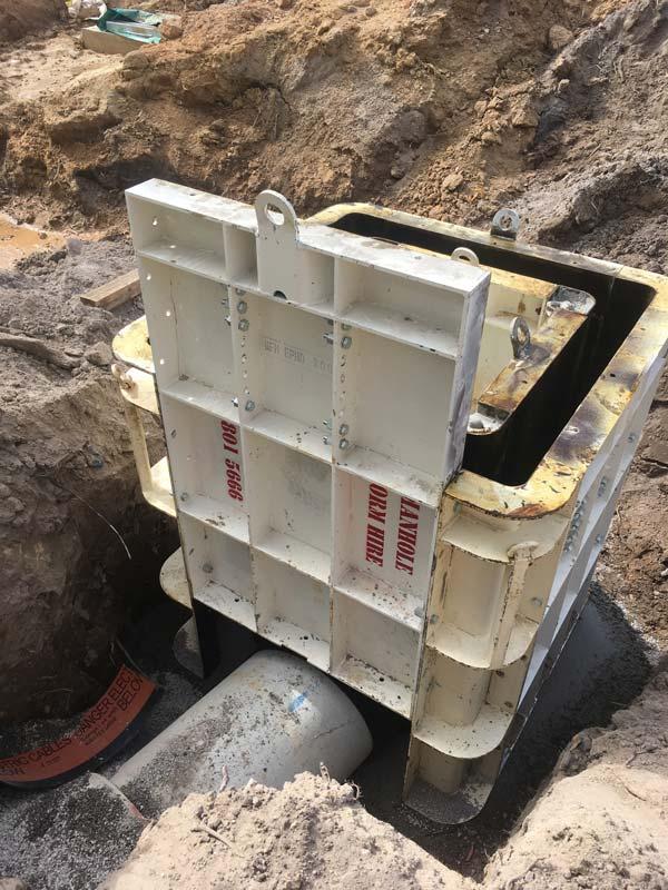 Manhole_Form_Hire_Heavy-Duty-Pit-Boxes