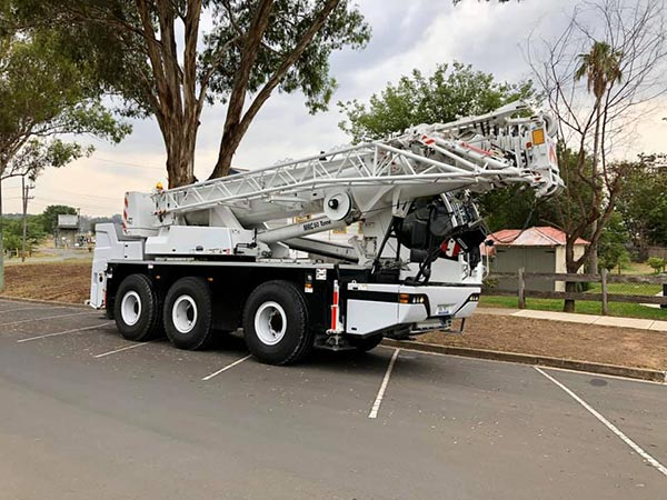 Maximus Cranes reliable mobile crane hire maintenance and hire