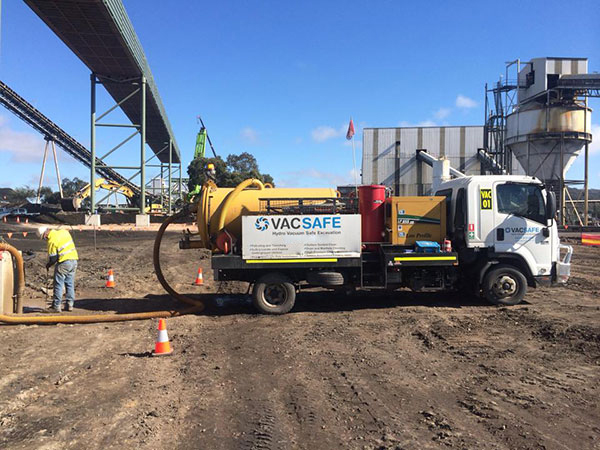 Vacsafe-locating-services-excavating-trench-line-non-destructive-digging-mudgee