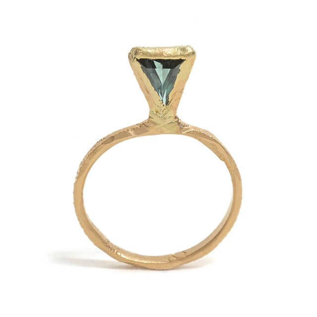 Tessa Blazey | Australian sapphire & 18ct yellow gold | | Unique handmade engagement ring | Melbourne | bespoke ring