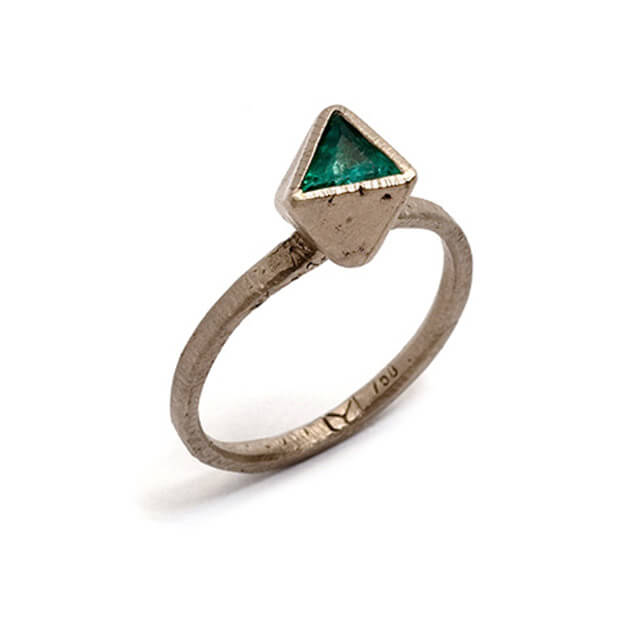 Tessa Blazey | Unique handmade engagement ring | Melbourne | bespoke ring | Emerald & 18ct white gold