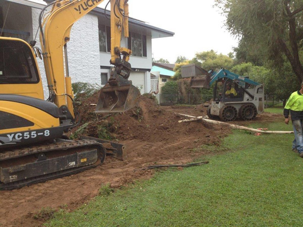 professional-excavations skid steer hire townsville and cairns